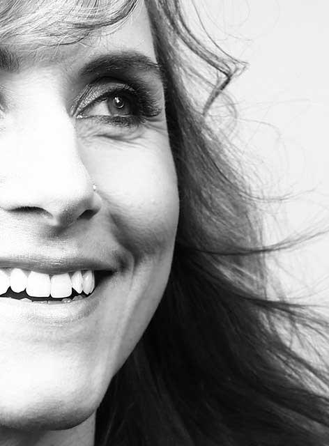 Unsere Diana. Zuständig für Prophylaxe im Team von Joy & Smile, Ihre Zahnärzte in Leipzig